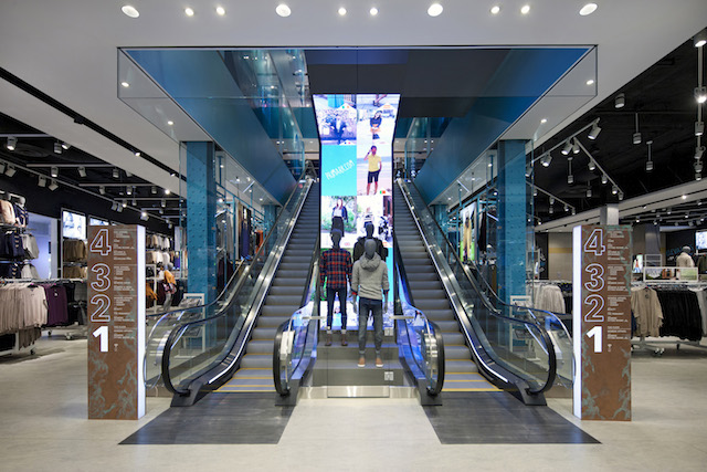 Inside primark 39 s innovative boston flagship store for Trend design shop