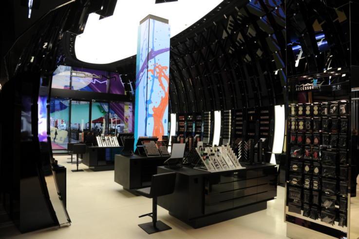 flagship-stores-paris-beauty-mac