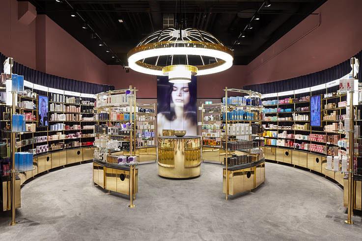 Store Design - Visual Merchandising