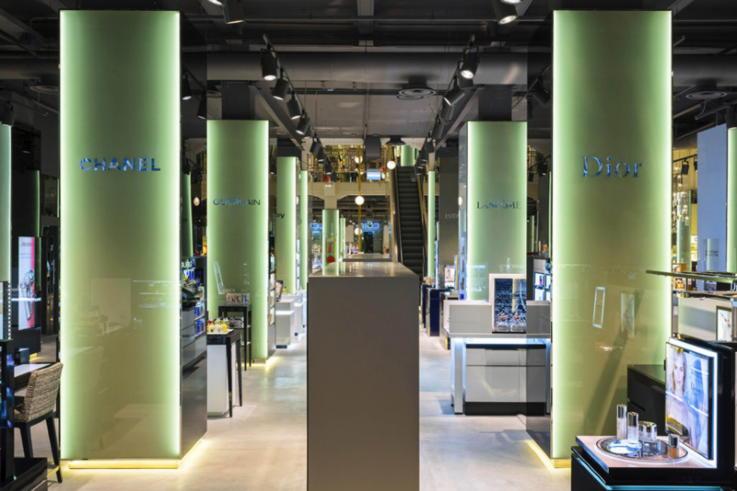 Department Store - Visual Merchandising