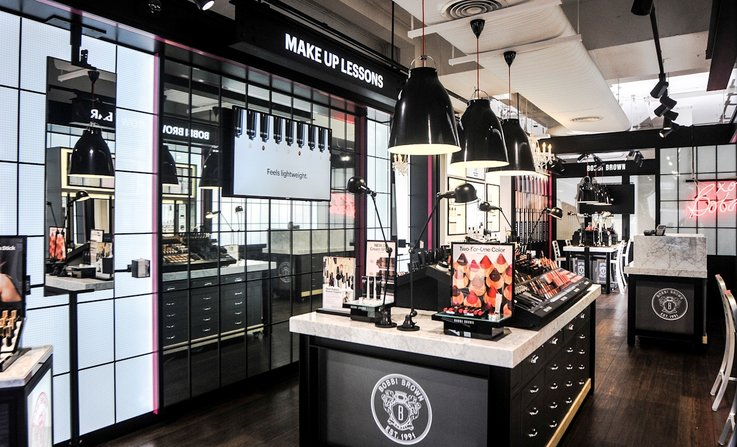 Bobbi Brown brick and mortar retail strategy