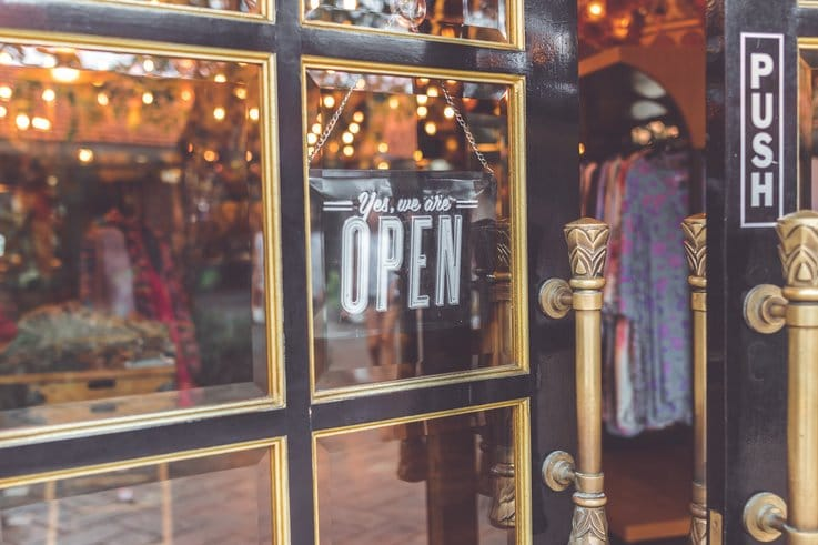 retail online to offline strategy