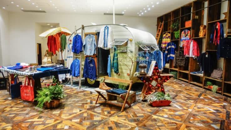 visual merchandising tokyo retail