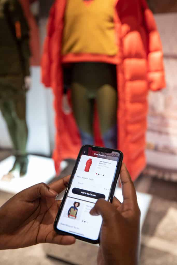 NikeNYC_HouseOfInnovation_smartphone